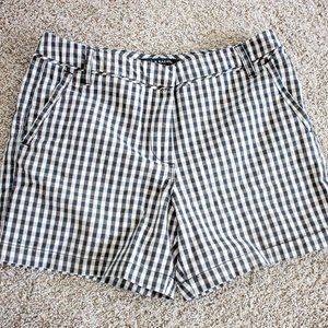Black and White Gingham Check shorts size 6